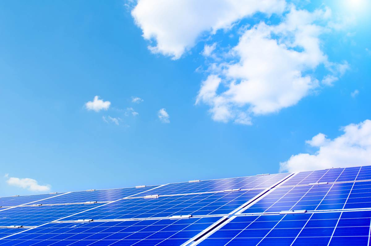 how heavy are solar panels