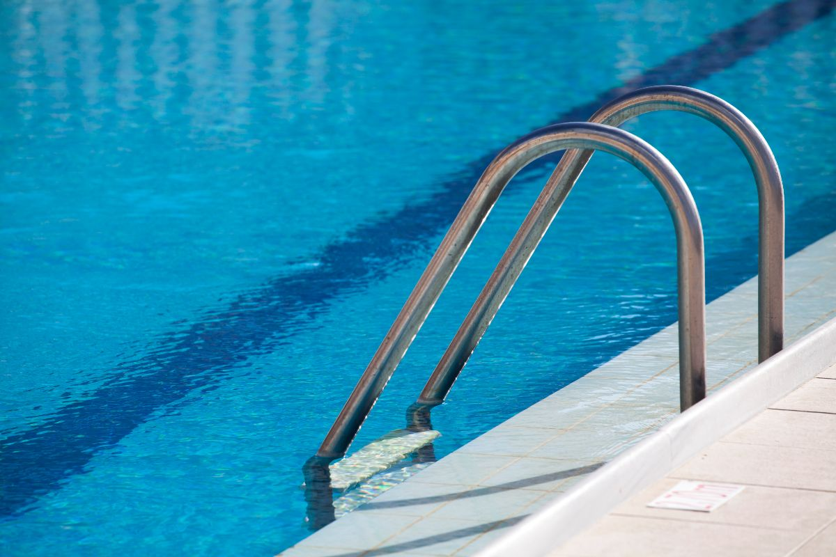 How Fast Will a Solar Cover Heat a Pool